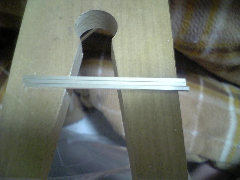 銀平角線1.5×1を57mm×3本
